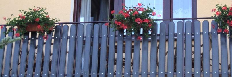 słupki na ogrodzenie